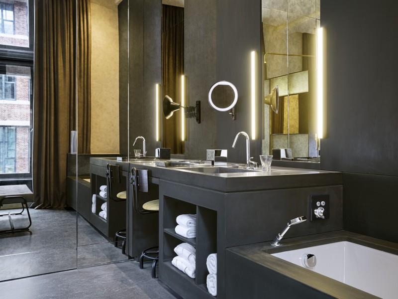 WAmsterdamFabulousBankRoom Bathroom